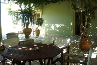 accommodation agnanti suites outdoor area