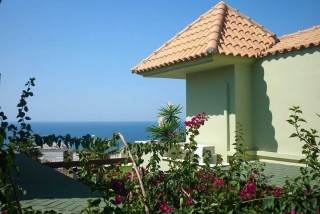 accommodation agnanti suites sea view