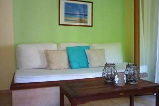 accommodation agnanti suites sitting room