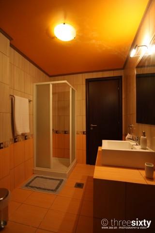 double room agnanti suites shower
