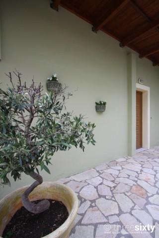 facilities agnanti suites entrance